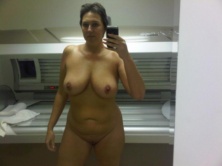 Selfies nude cougar